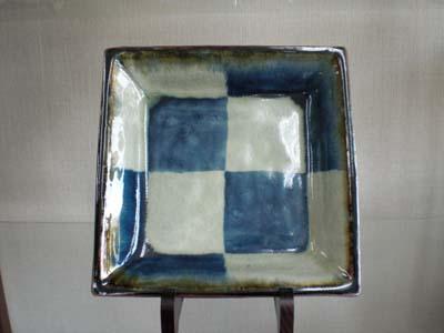 湯町窯 角皿(高26)